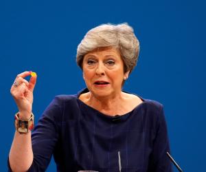 """اختبار لسياسة تريزا ماي.. توقعات برفض البرلمان خطة رئيسة وزراء بريطانيا بشأن """"بريكست"""""""
