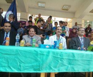 تكريم عصام شلتوت مدير تحرير اليوم السابع بتجارة بني سويف (صور)