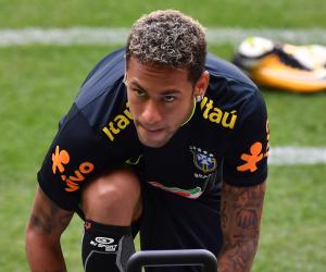 التمرد سلاح نيمار.. هل يعود البرازيلي لصفوف برشلونة؟