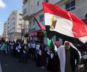 الأزهر يطلق قافلة مساعدات غذائية وطبية لقطاع غزة
