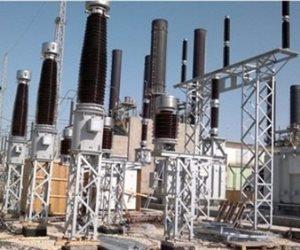 توصيل الكهرباء لخدمة أراضي الخريجين في الوادي الجديد بتكلفة مليون جنيه