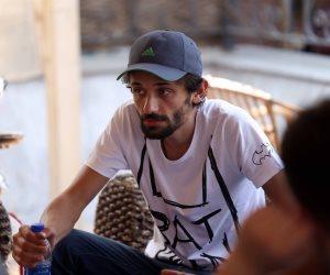 """كريم محمود عبدالعزيز عن صورته في المدرسة: """"أحلى أيام"""""""