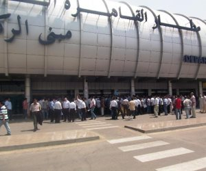 الطيران المدنى: الحركة الجوية  بمطار القاهرة تسير بشكل منتظم ولا صحة لغلق المجال الجوى
