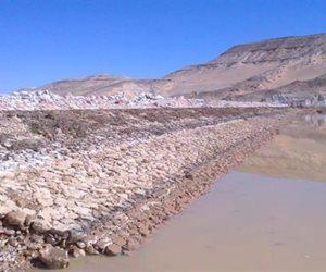 للحماية من مخاطر السيول بقرية الشيخ الشاذلي إنشاء 5 سدود بمرسى علم