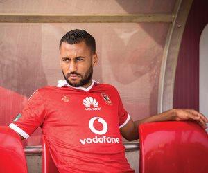 """""""الأهلي"""" يمنع حسام عاشور من إرتداء القميص الأحمر.. اعرف السبب"""