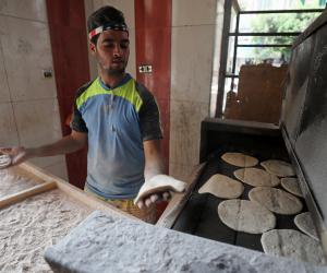«تموين بورسعيد»: تشغيل 75 مخبزا للإنتاج المدعم في شم النسيم