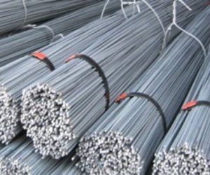 الأسبوع المقبل..الصناعة تحسم الرسوم على واردات الحديد والبيليت
