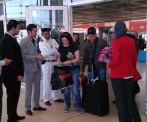 وصول 170 سائحا من أوزبكستان لشرم الشيخ (صور)