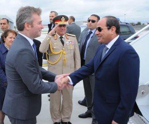 السيسي يحضر مأدبة عشاء بمقر وزارة الدفاع الفرنسية