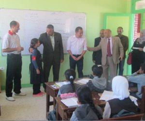 """رئيس """"أبو رديس"""": رفع أي قمامة أو مخالفات من أمام مدارس المدينة"""