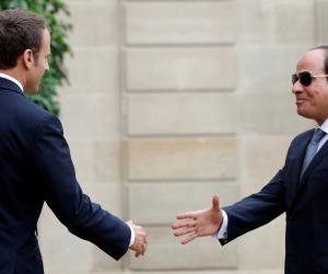 """ماكرون لـ""""السيسي"""": فرنسا معك ضد الإرهاب"""