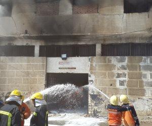 الدفع بـ4 سيارات إطفاء للسيطرة على حريق المنطقة الصناعية بأكتوبر