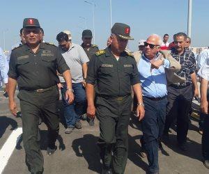الغضبان والوزيري يتفقدان كوبري قناة الإتصال في حي الإماراتي ببورسعيد (صور)