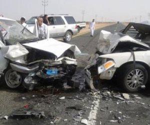 حادث تصادم يوقف حركة المرور بمحور المشير