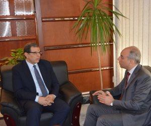 وزير القوى العاملة أثناء وداع متحدث الرئاسة السابق: مصلحة مصر فوق كل اعتبار