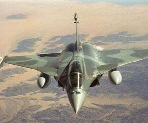طيران الجيش الليبي يدك معقلا لمجموعة إرهابية وسط طرابلس