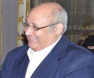 """رئيس جامعة عين شمس يفتتح معرض """"صنع بفخر فى مصر"""""""