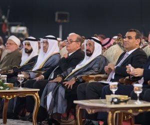 حاكم الشارقة: أنا من دعاة الثقافة ولست من رجال السياسية (صور)