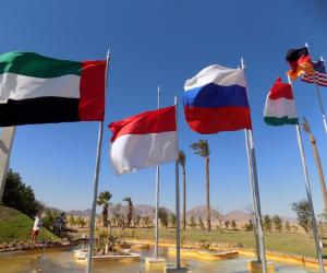 """قبل ساعات من انطلاق"""" منتدى شباب العالم"""".. محافظ جنوب سيناء فى شوارع خليج نعمة """"صور"""""""