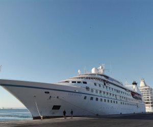 وصول وسفر 2474 راكبا بموانئ البحر الأحمر وتداول 690 شاحنة