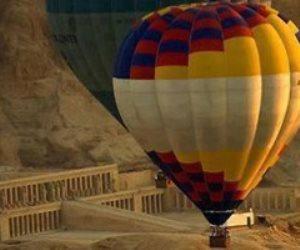 إقلاع 10 رحلات بالون طائر علي متنها 280 سائح أجنبي في سماء الأقصر