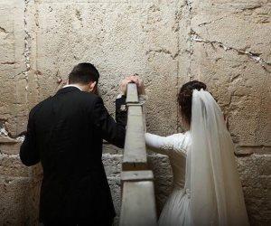 الشهوة المقدسة.. تل أبيب عاصمة الخطيئة