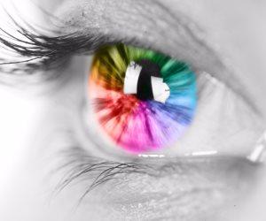 الرجال أكثر عرضة للإصابة به.. 8 معلومات مهمة عن مرض عمى الألوان