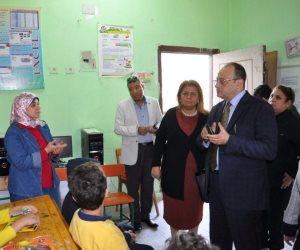 وزارة التربية والتعليم تتفقد مدرسة الأورمان بالدقي وتحل مشكلة مجلس الأمناء (صور)