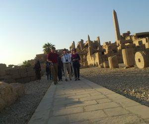 وفد سياحى متعدد الجنسيات يزور آثار أبيدوس بسوهاج