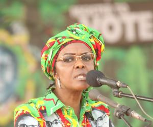 مسئول بالحزب الحاكم في زيمبابوي: زوجة موجابي ستحاكم بتهمة نشر الكراهية