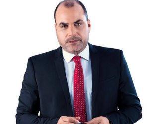«الباز» لـ علاء مبارك: «انت بتاع بيزنس ومابتفهمش في السياسة»