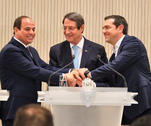 بحضور السيسي.. توقيع اتفاقية للتعاون في مجال السياحة بين مصر وقبرص واليونان (صور)