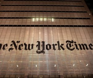 كيف زادت كورونا من أرباح الصحف الإلكترونية؟.. إيرادات نيويورك تايمز الرقمية تتفوق على المطبوع لأول مرة