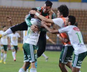 مباراة انبي تجبر المصري على استكمال المعسكر في برج العرب