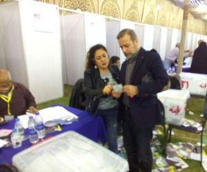 انتخابات الجزيرة ..شريف منير يدلى بصوته (صور)