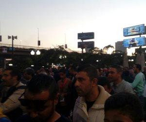توافد كبير من اعضاء مركز شباب الجزيرة للتصويت قبل غلق الباب (صور)