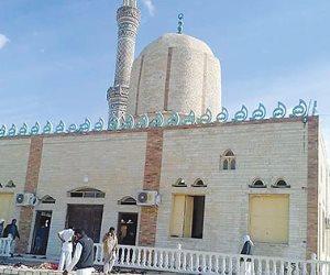 """مدير المستشفيات الجامعية بـ""""قناة السويس"""" ينفي استشهاد أحد مصابي مسجد الروضة"""