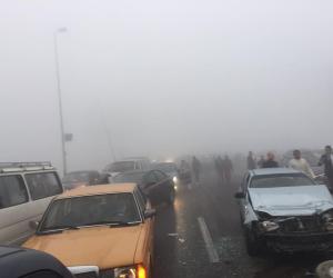 إصابة شخصين  بعد إنقلاب سيارة أعلى الدائرى في إتجاه المعادى