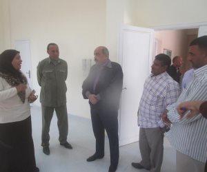 رئيس مدينة إسنا يتفقد تطوير مدرسة ووحدة صحية بقرية النجوع ( صور )