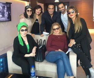 شاهد.. نجوم الفن يتجهون إلى الإمارات لحضور مهرجان دبي السينمائي