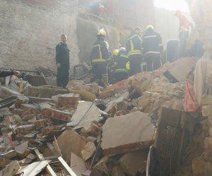 انهيار منزل من طابقين غرب الأقصر يتسسب في مصرع سيدة وطالبة وإصابة 2 آخرين