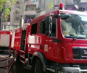 الحماية المدنية تسيطر على حريق هائل بسوق الجملة في دمنهور