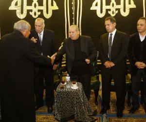 مجدي عبدالغني وطاهر أبوزيد والعدل يتقدمون بالعزاء في أحمد رفعت