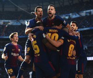 برشلونة يحكم قبضته على الليجا بعد إهانة ريال مدريد في الكلاسيكو (فيديو وصور)
