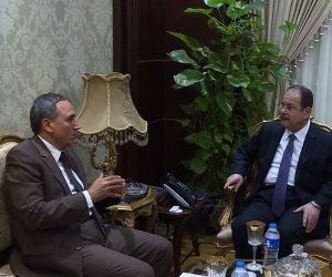 """وزير الداخلية لـ """"نقيب الصحفيين"""": ندرك أهمية الإعلام.. ونتعهد بتذليل العقبات"""