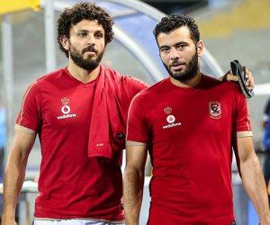 عماد متعب يصل إلى الإمارات للمشاركة في مهرجان اعتزال حسام غالي