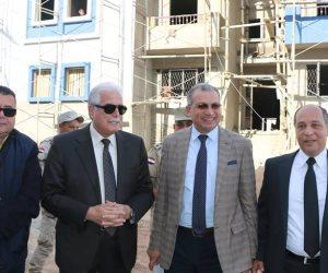 محافظ جنوب سيناء وصندوق تطوير العشوائيات يبحثان إنشاء 600 وحدة سكنية بالرويسات