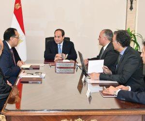 السيسى يجتمع مع القائم بأعمال رئيس الحكومة ووزراء الري والسياحة والنقل