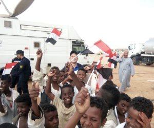"""أعضاء """"شباب بتحب مصر"""" يؤدون صلاة الجمعة بمحمية علبة الطبيعية بحلايب (صور)"""