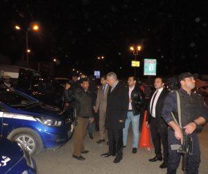 فى جولة ليلية مفاجئة.. مدير أمن الفيوم يتفقد الخدمات الأمنية بمحيط الكنائس